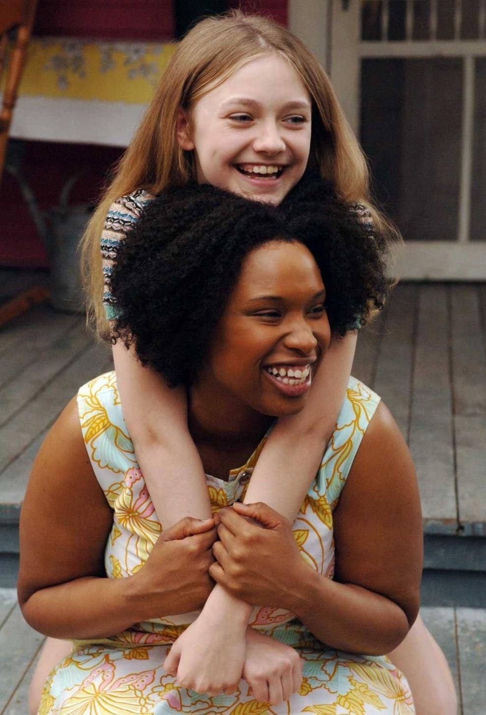 a review of the film the secret life of bees Growing up is hard to do for 14-year-old lily owens, who opens the film by admitting that she killed her mother, albeit accidentally, when she was a toddler in an inspired piece of casting.