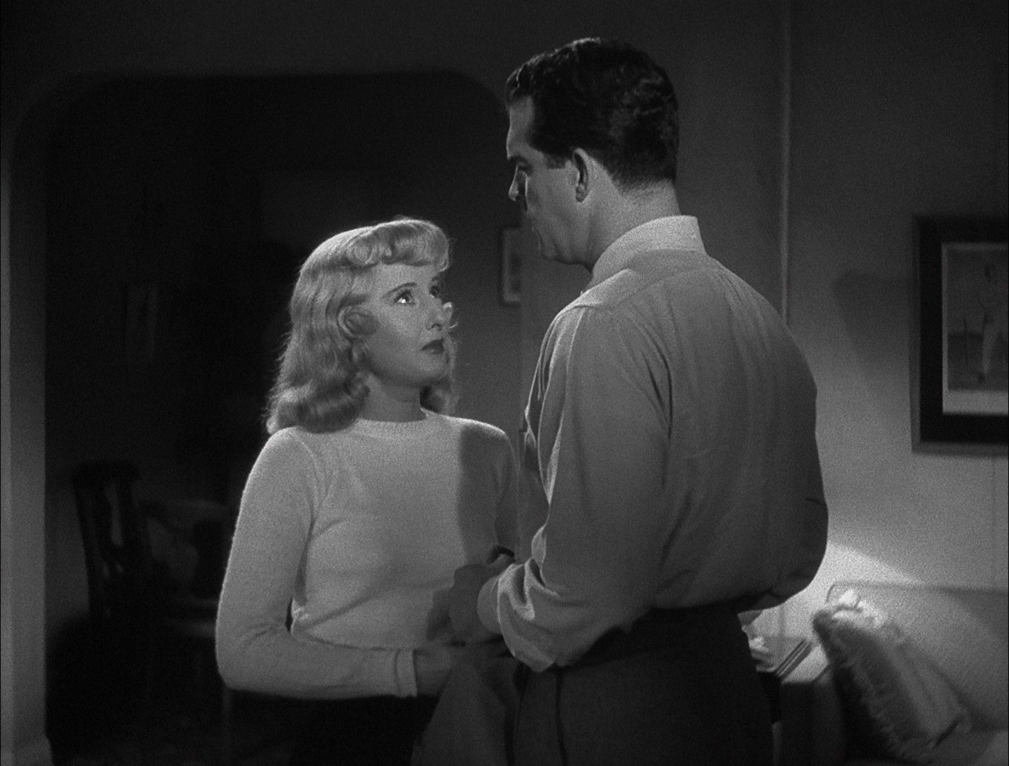 femme fatale double indemnity essay Femme fatale--negotiations of tragic desire new literary history, 35(1), 103-116 dick, b f (1995) columbia's dark ladies and the femmes fatales of film noir literature film quarterly, 23, 155-162 wilder, b (director) (1944) double indemnity [motion picture] united states.