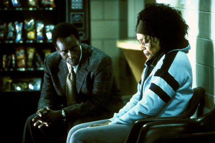 crash 2004 essays Using a critical analytic lens, this essay examines how race, racism, and race relations depicted in the movie crash reflect complicity, coherence, and implicature the essay first utilizes complicity theory to offer a critical.