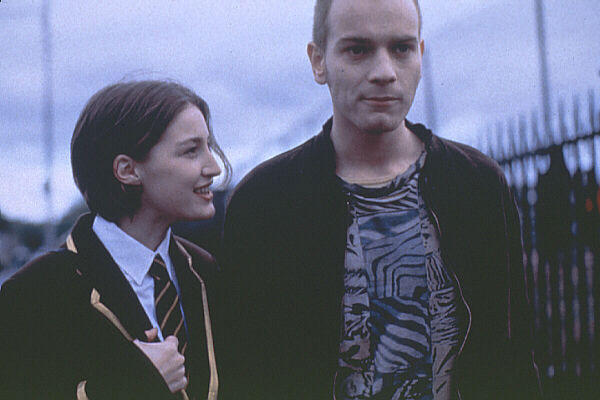 Фил�м На игле trainspotting �о�о видео �пи�ок ак�е�ов
